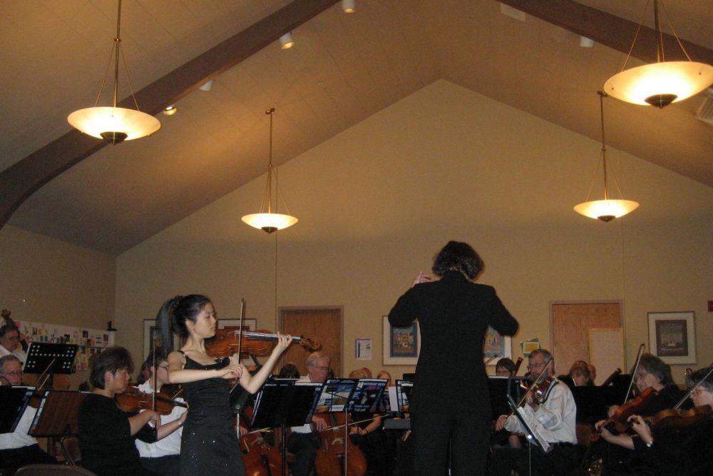 Soloist Letitia Jap at Congregation Beth Shalom